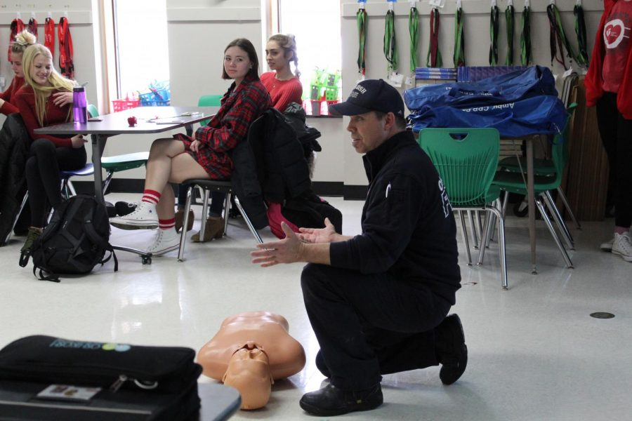Communities hosts CPR training and yoga